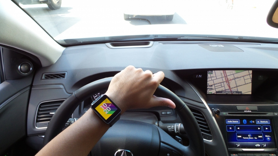 Android Wear in a Acura RLX