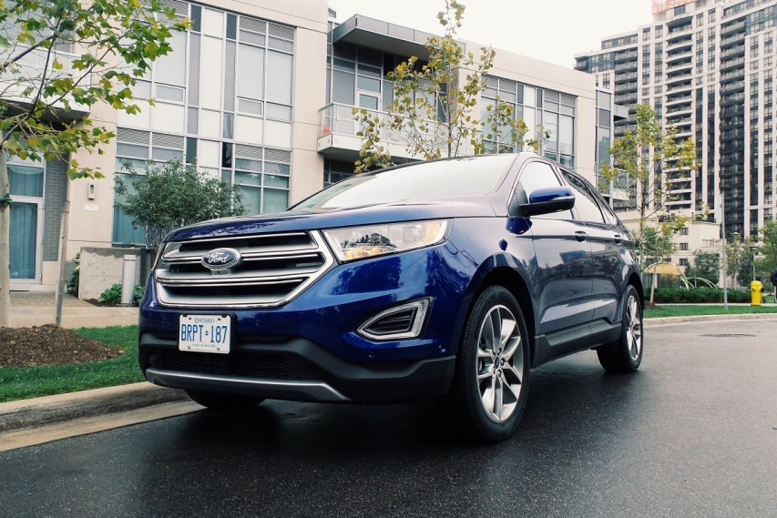 A Razor Sharp Test Drive in the 2015 Ford Edge Titanium