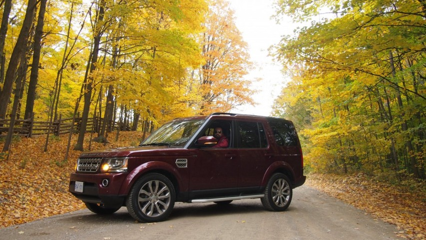 A Beautiful Fall Drive in the 2016 Land Rover LR4